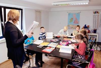 Zajęcia w grupie w Centrum języków obcych Convers