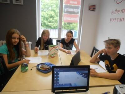 Zajęcia grupowe w centrum języków obcych Convers